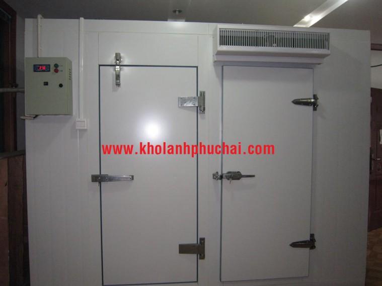 Chuyên sản xuất và lắp đặt cửa kho lạnh
