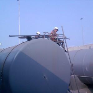 Vệ sinh ống- bồn dầu