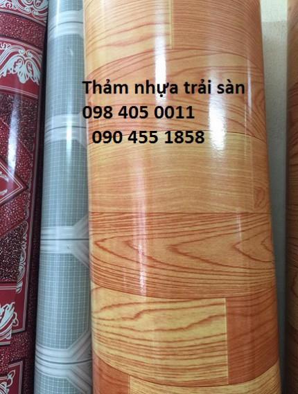 Thảm nhựa vân gỗ trải sàn dày 1,8mm giá rẻ 098 405 0011