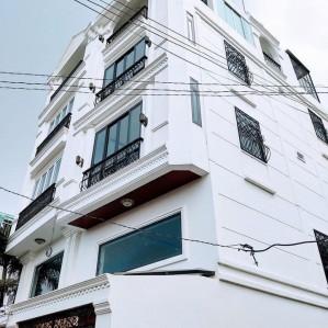 Nhà bán quận 10 – Hẽm rộng Lý Thái Tổ – 4.3x16m, 4 tầng, 8.5 tỷ.