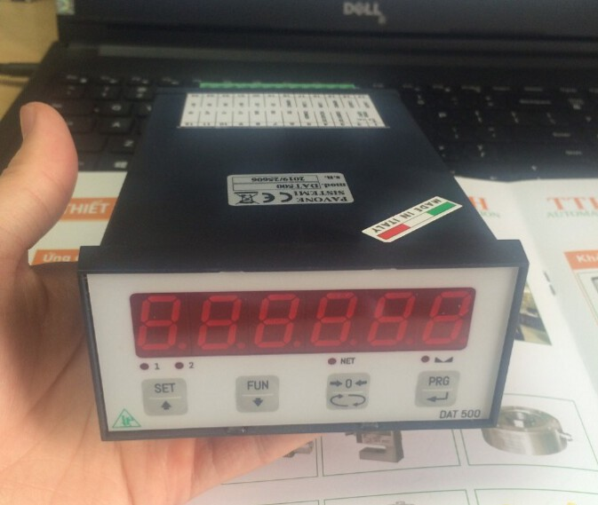 0915322692 – Đầu cân DAT500/A có thêm đầu ra Analog, sản xuất tại Italy